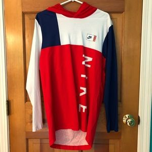 NWOT Retro Color-blocked Nike Pullover
